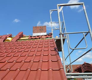 Flachdach, geneigtes Dach